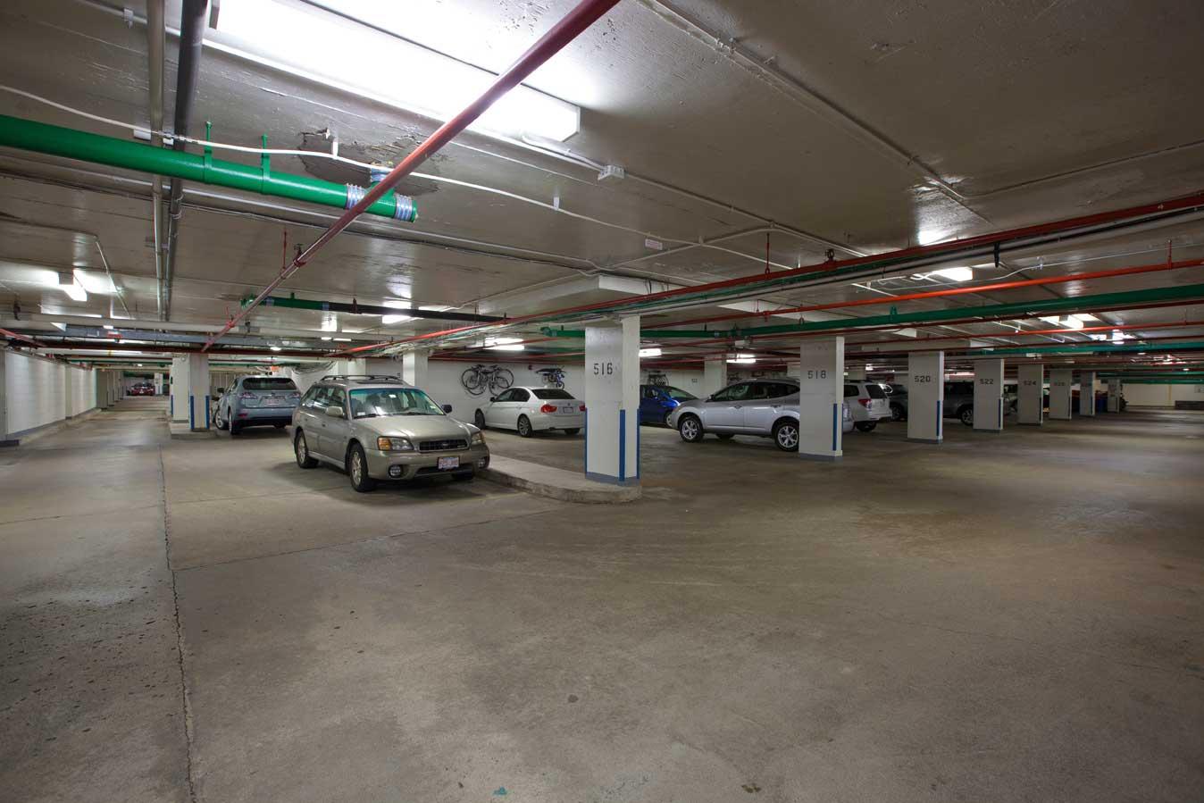 Parking Garage Brookhouse Condominium Brookhouse Condominium